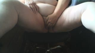 Masturb. féminine - Working from Home and Feeling Horny - Part 1