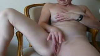 Missionary - Fingers Herself to Good Cum