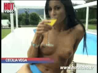 Funny - CECILIA VEGA S'EXPORTE  A BUDA !!