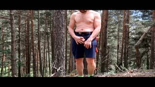 - i work hard in the forest! (HD)