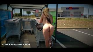 Flashing/Public - Flashing nude on a public parking