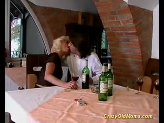 Mature - Crazy old mom hard fuck sex