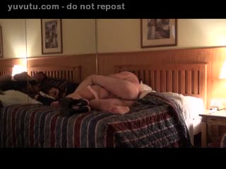 Levrette - ON THE BED 1