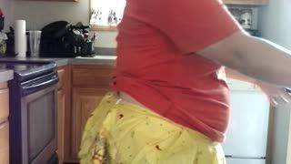 BBW/Chubby - Sexy BBW Thanksgiving Mom Bakes Cookies