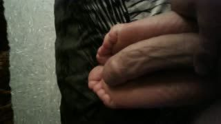 Masturb. coi piedi - Solejob from my friends wide feet