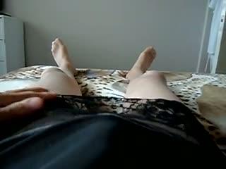 Travesti - getting turned on in nylon