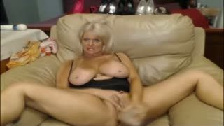 Dildo - mature web cam play