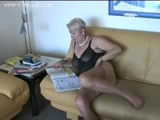 Mature - Granny in sexy lingerie