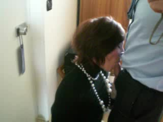 25 years old swallowing in room hotel while husband out of city...