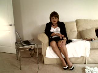 Mature - Caroline Vickers instructs again