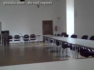 Cum Shot - Vor der Konferenz